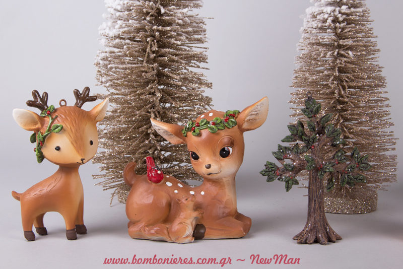 Ελαφάκια που φοράνε χριστουγεννιάτικα στεφάνια (11cm) για την χριστουγεννιάτικη διακόσμηση σας.