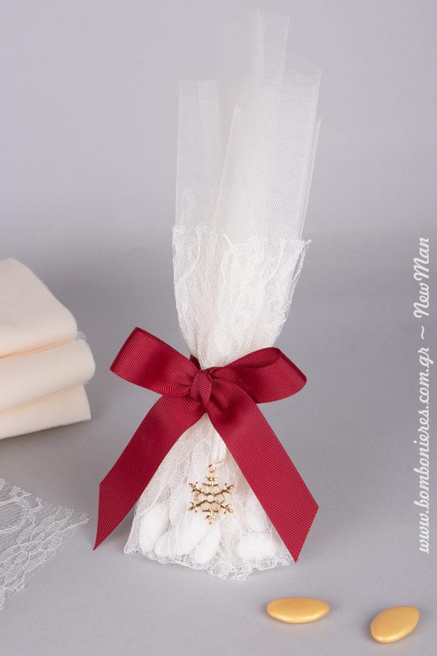Μια υπέροχη μπομπονιέρα σε κλασσικό ύφος που θα κλέψει τις εντυπώσεις στον χειμωνιάτικο γάμο σας.