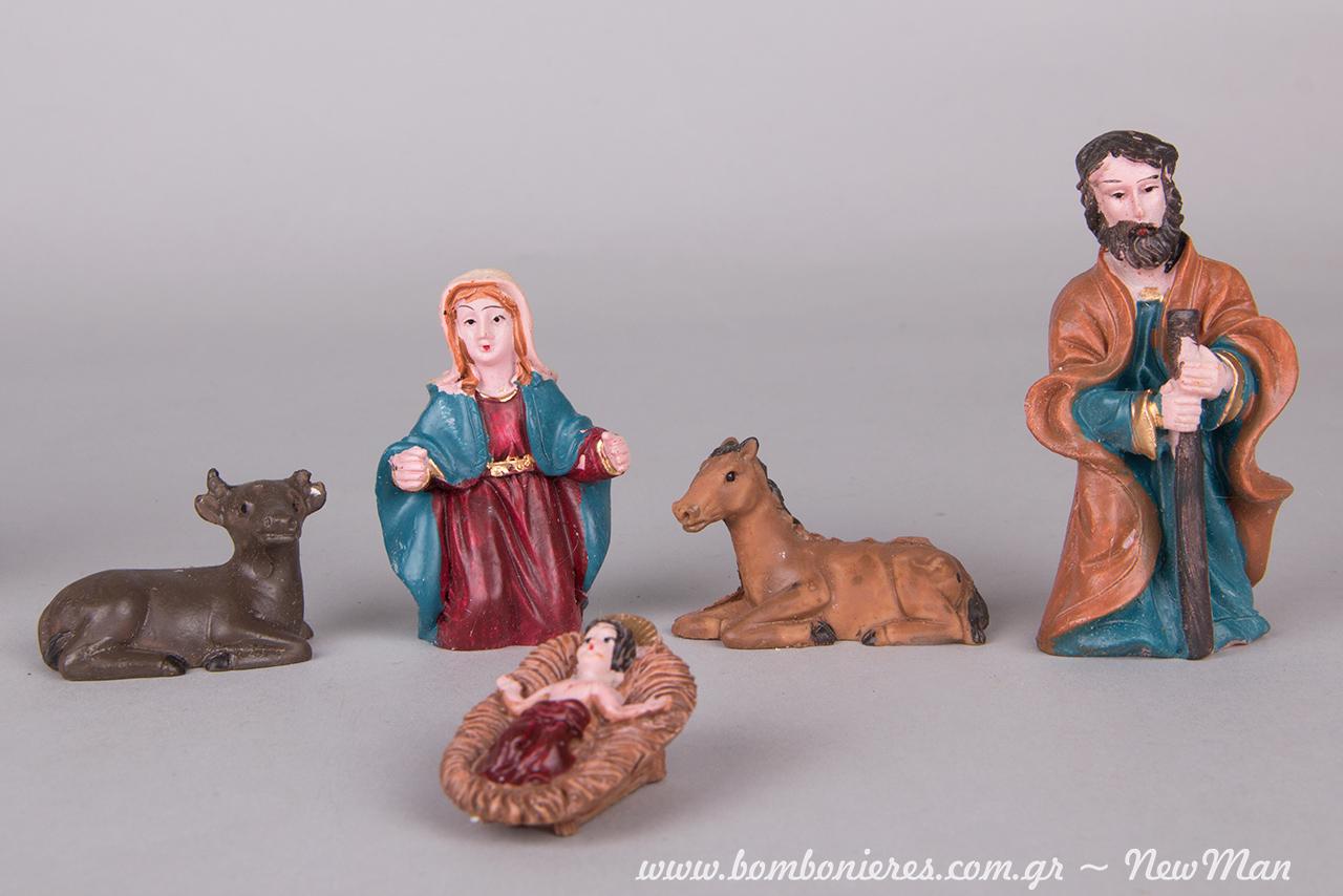 Φιγούρες για να δημιουργήσετε την δική σας ξεχωριστή χριστουγεννιάτικη Φάτνη: Παναγία, Ιωσήφ, μικρός Χριστός στο παχνί του και ζωάκια.