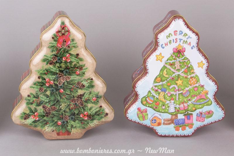 Μεταλλικά χριστουγεννιάτικα κουτιά σε σχήμα δεντράκι που στέκονται όρθια (18 x 15 x 6cm).