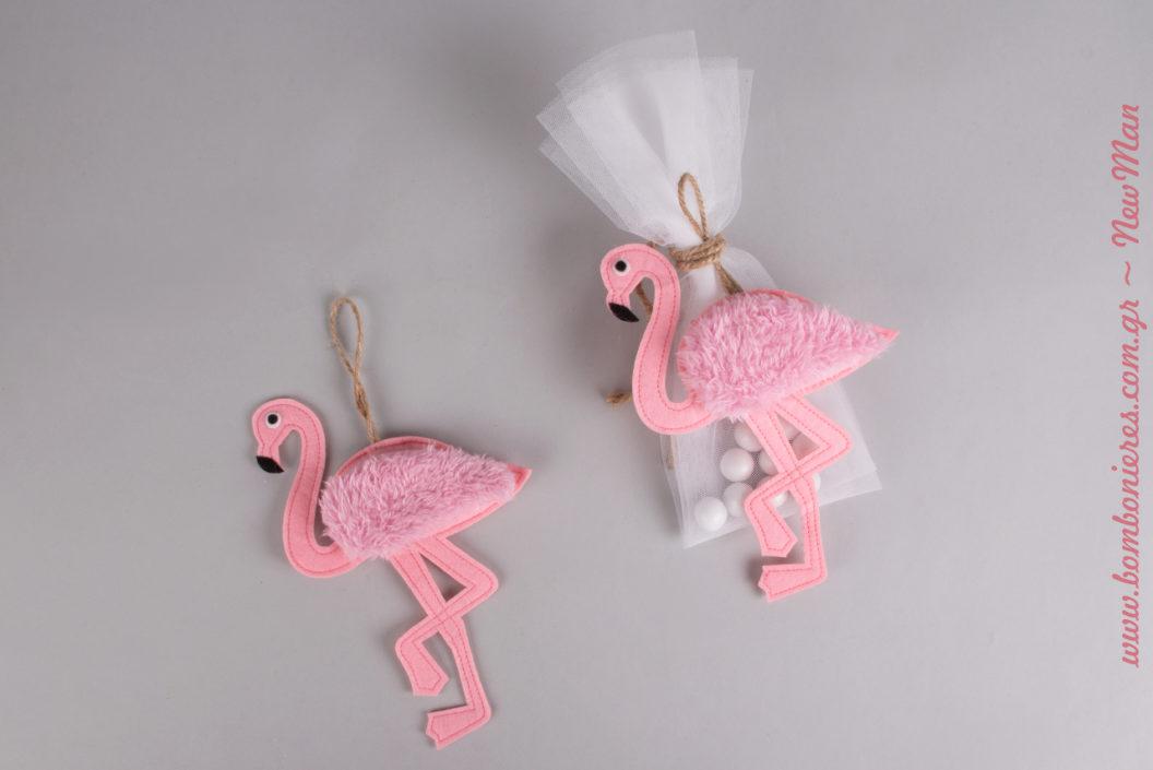 Ρομαντική μπομπονιέρα βάπτισης με θέμα φλαμίνγκο για τη βάπτιση της μοναδικής σας ροζ πρωταγωνίστριας.