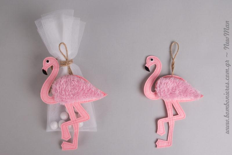 Η τρέλα με τα φλαμίνγκο συνεχίζεται και φέτος με τις υπέροχες μπομπονιέρες «Let's flamingo».