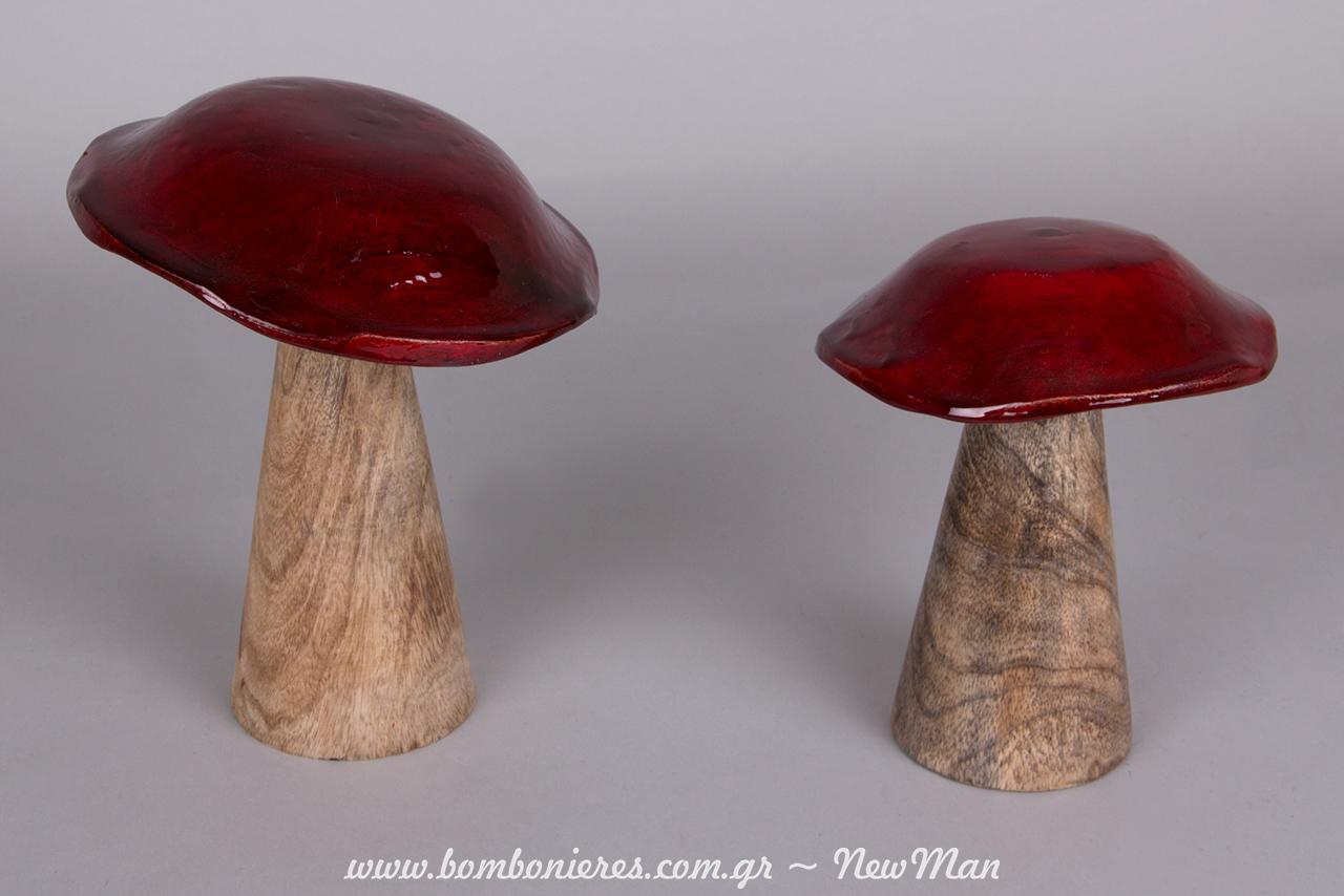 Ξύλινα κόκκινα μανιτάρια λάκα (φ. 13 x 17cm & φ. 13 x 20cm) για τον μπουφέ γλυκών, το τραπέζι ευχών ή ως centerpiece στο τραπέζι της δεξίωσης.