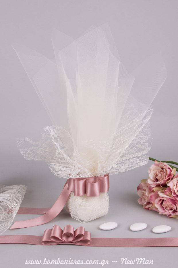 Ρομαντισμός και vintage ροζ αποχρώσεις για τις μπομπονιέρες και τη διακόσμηση της μεγάλης σας μέρας.