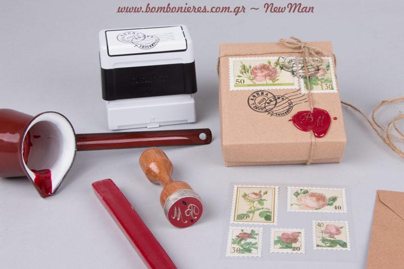 Σφραγίδα βουλοκέρι με τα αρχικά σας για μπομπονιέρες και προσκλήσεις που θα κλέψουν τις εντυπώσεις με το μπαρόκ ρομαντικό τους ύφος.