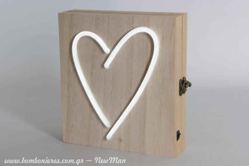 Ξύλινο κουτί με σχέδιο καρδιά LED (20 x 22 x 6cm) για ένα πρωτότυπο και σούπερ φωτεινό βιβλίο ευχών.