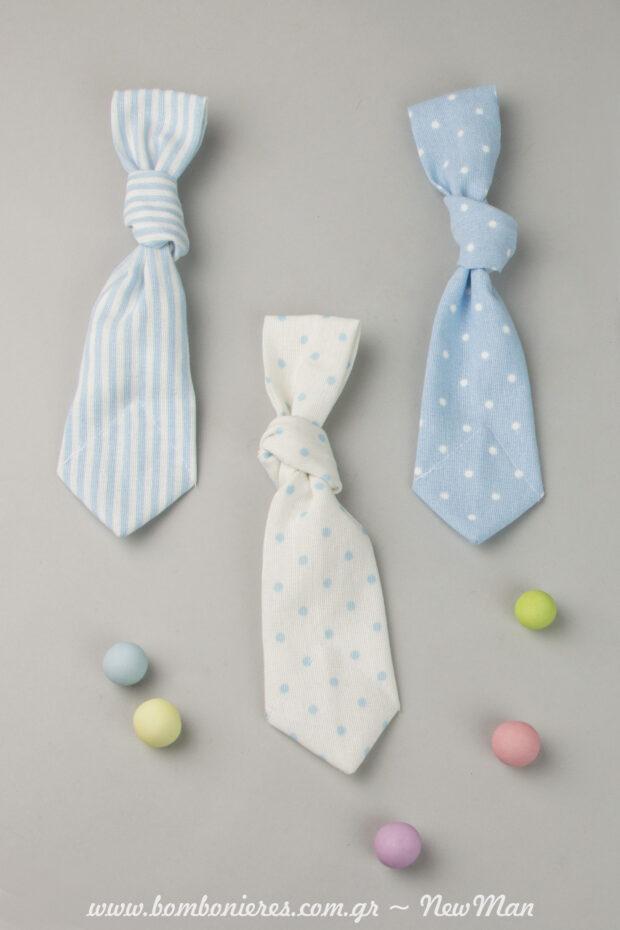 Mpomponiera- gravata, gemati pentanostima koufeta Xatzigiannakis Crispy polyxrwma kai demeni me kanoniko kompo gravatas.