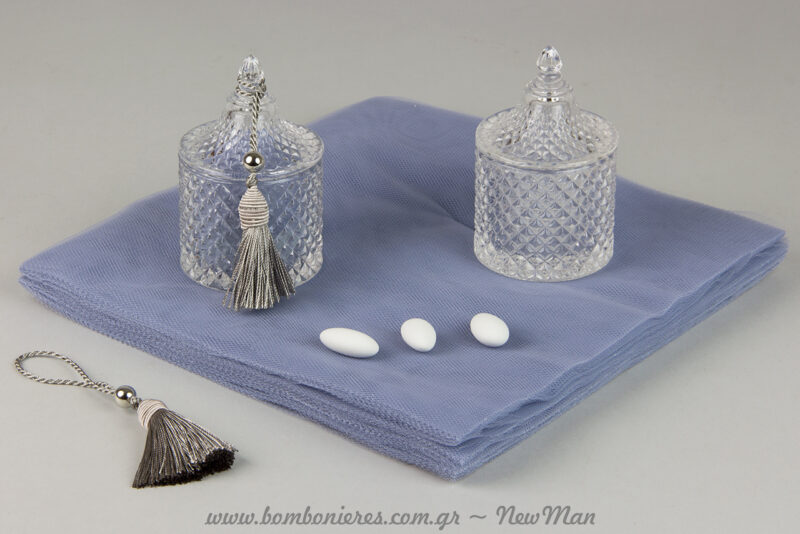 Mpomponiera gamou i vaptisis se gyalini fontaniera kai se dusty blue apoxrwseis.