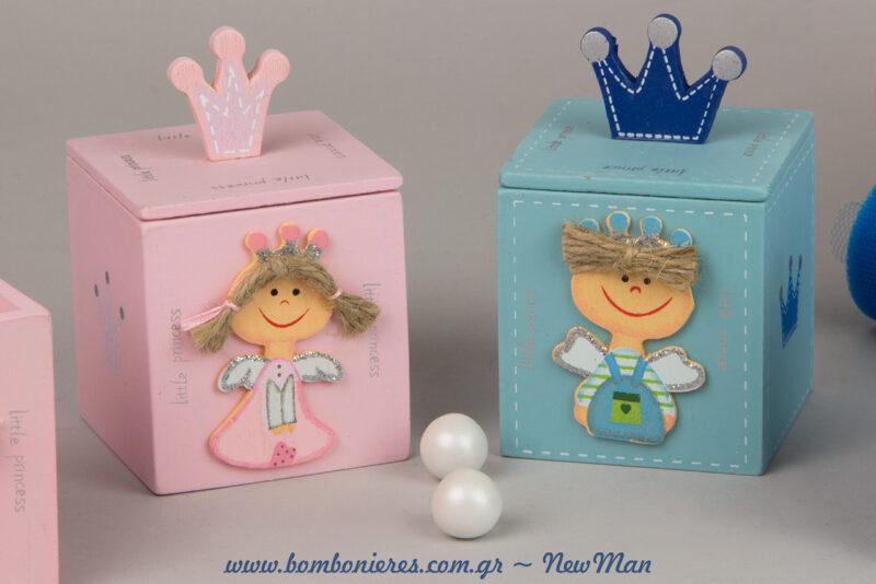 Πριγκιπομπομπονιέρα σε ξύλινο κουτί (ροζ & σιέλ) για μια βάπτιση σαν παραμύθι.